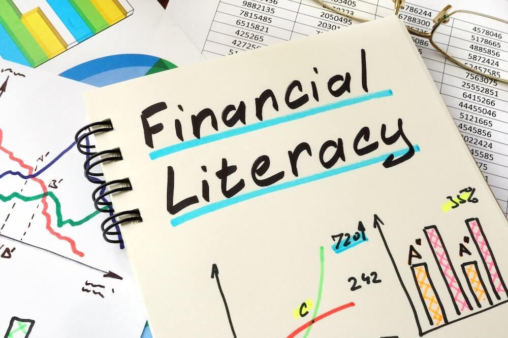 金融リテラシーを学ぶ